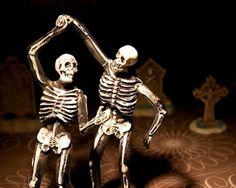 waltzing-skeletons
